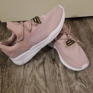 NWT Champion cushion fit sneakers